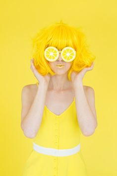 When Life Gives You Lemons: DIY Lemon Photo Booth | Studio DIY®
