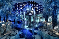 omg if this was MY wedding, i'd probably faint!!! B-E-A-UTIFUL!
