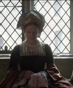 Beautifully created Henrician garb, 'Wolf Hall'. Tudor Dress, Medieval Dress, Tudor Costumes, Period Costumes, Fairytale Birthday Party, Vikings, Renaissance, Wolf Hall, Tudor Fashion