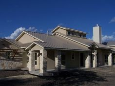 1000 images about home on pinterest texas hill country for Stucco homes with stone accents