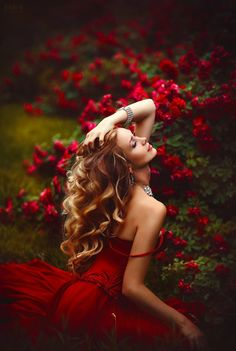 See more about red roses, red flowers and portrait photography. Frederic M, Portrait Photography, Fashion Photography, Blonde Photography, Erotic Photography, Photography Ideas, Foto Fashion, Red Fashion, Shades Of Red