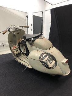 Vespa 300, Vespa Bike, Piaggio Vespa, Lambretta Scooter, Scooter Motorcycle, Vespa Scooters, Vintage Vespa, Classic Vespa, Classic Bikes
