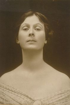 "Isadora Duncan. ""The dancer's body is simply the luminous manifestation of the soul."" photo by Charles L. Ritzmann."