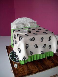 Cute bed cake