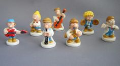 This Tetley Band set was introduced by Wade in 2009 It comprises seven Tetley Tea characters the Gaffer Sydney Maurice Gordon Archie Clarence and Tetley Tea, Folk Bands, Archie, Musicals, Fun, Character, Fin Fun, Lettering, Funny