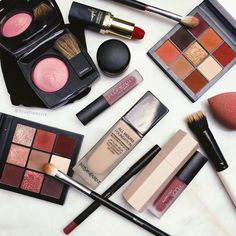 Makeup Mes Flatlay, using all of my favorite makeup form Huda Beuty to YSL and Chanel Makeup Names, Ysl Beauty, L'oréal Paris, Makeup Boots, Blush, Eyeshadow, Make Up, Chanel, Face
