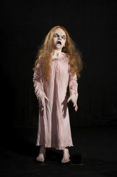 Creepy Cathy Animated Zombie Haunted House Halloween Scary Eerie See Video CHEAP $389.99