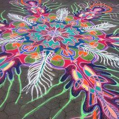 Finished    Follow me on Facebook http://www.facebook.com/joe.mangrum.art When sharing please include my links Ⓒ 1994-2014 Joe Mangrum http://www.joemangrum.com #sandart #sandpainting #NYC @Joe Mangrum #colorful #art #streetart #art #streetlife