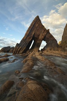 Blackchurch Rock is a spectacular rock formation on the Culm Coast near Hartland in North Devon