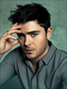 Zac Efron.. One can drown in those clear sea blue eyes .. Sighs*