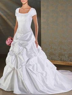 A-Linie/Prinzessin Scoop Chapel Taft bescheidenen Brautkleider 354,14 €   200,19 €