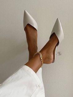 9 Super Stylish White Bridal Shoes — S I X F O U R - sikpre. Dr Shoes, Cute Shoes, Me Too Shoes, Shoes Heels, Heeled Sandals, Heeled Mules, White Bridal Shoes, Wedding Shoes, Wedding Dress