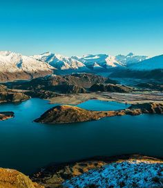 Lake Wanaka and Mount Aspiring National Park, as seen from the summit of Roy's Peak.