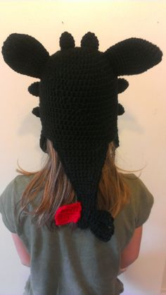 Crochet Dragon Hat Inspired by Toothless door TheCrochetDisplay