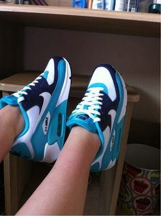 Nike Airmax - Love this color!!