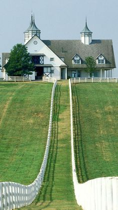 Gorgeous Manchester Farm near Keeneland Race Course in Lexington, Kentucky.  My Husband said he wanted to live there!