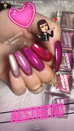 Semi-permanent varnish, false nails, patches: which manicure to choose? - My Nails Fabulous Nails, Gorgeous Nails, Pretty Nails, Nail Candy, Nagel Gel, Dope Nails, Cute Acrylic Nails, Creative Nails, Pink Nails