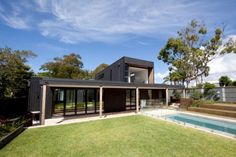 An example of one of Prebuilt's best contemporary modular homes, the Mosman two-storey house includes open living areas and four bedrooms. Modular Home Designs, Custom Modular Homes, Custom Homes, Dream Home Design, Home Interior Design, House Design, Prefabricated Houses, Prefab Homes, Pre Manufactured Homes
