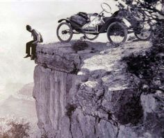 """taken on a 1914 trip to the bottom of the canyon and written by O.K. Parker: """"...It took a lot of grit to drive the car right towards that fearful plunge, but Mr. Wing, who handled the wheel, had every confidence in the car and its control, and did not put on the breaks until the front wheels were right at the very edge of the precipice..."""" (http://blog.hemmings.com/index.php/2009/04/08/theyre-all-livin-devil-may-care-vegas-vacation-part-1/f)"""