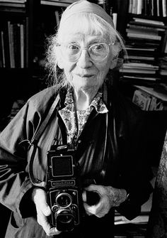Imogen Cunningham (1883-1976) -- Commercial and artistic photographer, chemist, botanist and entirely her own person. In 1907, she went to work for Edward S. Curtis in Seattle to create the prints of Native Americans that appeared in his books, The North American Indian. In 1920, she permanently took up residence in the Bay Area of California, working as a commercial as well as an artistic photographer. By 1930 Cunningham was the lone female member of the f/64 Group. -- Photo by Ara Guler…