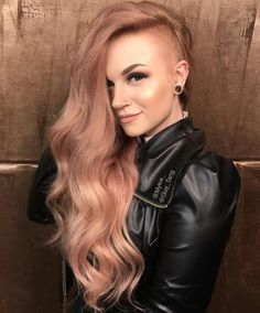 36 Ways Of Rocking Strawberry Blonde Hair - Hair Style Half Shaved Head Hairstyle, Shaved Long Hair, Long Hair With Shaved Sides, Long Shaved Hairstyles, Shaved Head Girl, Shaved Side Of Head, Shaved Bob, Straight Hairstyles, Undercut Long Hair