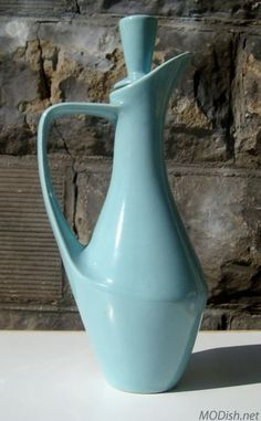 speckled blue Santa Anita pitcher with stopper. Heart!