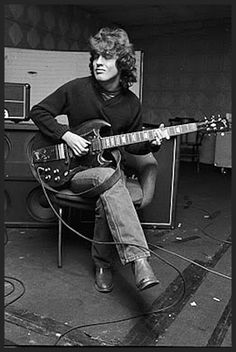 Happy birthday to the amazingly talented Angus Young! Malcolm Young, Ac Dc Rock, Bon Scott, Brian Johnson, Highway To Hell, Gibson Sg, Angus Young, Rock Legends, Blues Rock