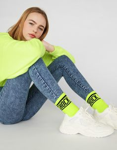 Set of neon socks - New - Bershka Spain - Canary Islands Source by freshavocadolol outfit Neon Outfits, Neon Dresses, Casual Outfits, Fashion Outfits, Womens Fashion, Jeans Outfit Summer, Summer Outfits, Bershka Outfit, Colorful Socks