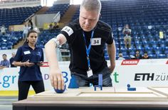 サイバー義体世界一を決めるオリンピック「サイバスロン」が、10月8日からスイスで開催される。骨や筋肉を直接義手に結合したスウェーデンの男性選手と、その技術を紹介。