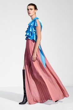therunwayarchive: Hannah Sprehe for Louis Vuitton, Pre-Fall 2018