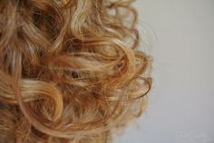 Spreading the curly-love on my blog.