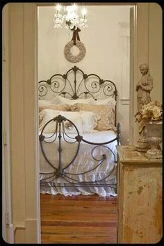 Shabby Chic Bedroom :: The Old Painted Cottage Unique Goods and Curious Finds Shabby Chic Bedrooms, Shabby Chic Homes, Shabby Chic Decor, Country Bedrooms, Vintage Decor, Home Bedroom, Bedroom Decor, Dream Bedroom, Bedroom Ideas