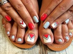 ideas for nails art simple toes Simple Toe Nails, Pretty Toe Nails, Cute Toe Nails, Summer Toe Nails, Toenail Art Designs, Pedicure Designs, Pedicure Nail Art, Toe Nail Art, Nail Swag