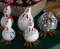 my love of chickens and love of gardening are now MARRIED! I know what do do with all my cool gourds next year! Chicken Crafts, Chicken Art, Painted Gourds, Painted Rocks, Pumpkins For Sale, Country Chicken, Decorative Gourds, Chicken Painting, Arts And Crafts
