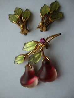 Vintage Austria Frosted Glass Red Pear Fruit Brooch And Earring Set