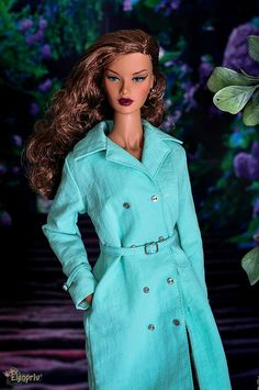 """ELENPRIV mint trench coat full satin lining with tiny metal buttons for Fashion royalty FR ITBE 16"""" and similar body size dolls. by elenpriv on Etsy"""