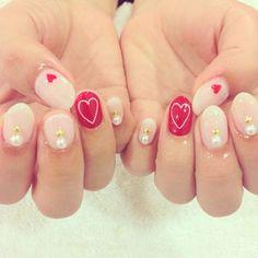 ピンク×レッドの♡ガーリーネイル