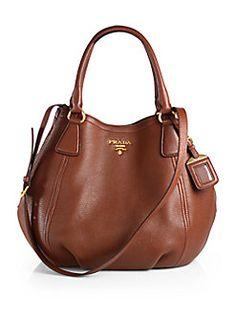Prada Daino Convertible Satchel in marrone-brown Más Supernatural Styl Leather Hobo Handbags, Burberry Handbags, Chanel Handbags, Luxury Handbags, Fashion Handbags, Tote Handbags, Purses And Handbags, Fashion Bags, Designer Handbags