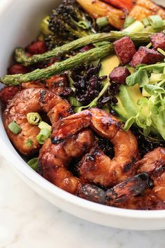 Are you a food photographer, food stylist or creative director? Join Phoode – an inspiring and professional platform for food creatives like you. Asian Seafood Recipe, Seafood Recipes, Food Art, A Food, Syn Free, Food Illustrations, Creative Food, Food Styling, Chicken Wings