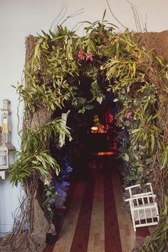 A Whimsical Alice in Wonderland Wedding: Kristi & Ben