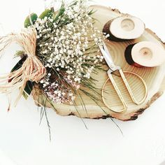 Engagement with sack and wood  Nişan tepsimiz @mioladavet  #engagement #invitation #design #wooden #Turkey #mioladavet #konsept #davet #düğün #organizasyon #nikahşekeri