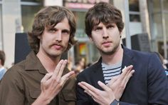 Jon Heder, the actor best known as Napoleon Dynamite, has an identical twin brother named Dan. In an interview on the Late Show With David Letterman in Jon Heder, Joel Madden, Famous Twins, Twin Pictures, Celebrity Siblings, Napoleon Dynamite, Hits Movie, Identical Twins, How To Have Twins