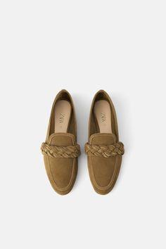 KOŽNE MOKASINKE S PLETEROM - Pogledati Sve-OBUĆA-ŽENE   ZARA Hrvatska Leather Loafer Shoes, Brogues, Loafer Flats, Espadrilles, Latest Ladies Shoes, Top Mode, Cute Flats, Color Beige, Zara Shoes
