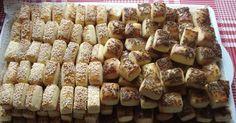 Szeretem készíteni, alig van vele munka :) Este begyúrom, előkészítem, másnap szeletelem, sütöm. Ennyi az egész! Mellesleg az íze sem elhany... Hungarian Desserts, Hungarian Cake, Salty Snacks, Crisp, Cereal, Stuffed Mushrooms, Muffins, Sweets, Diet