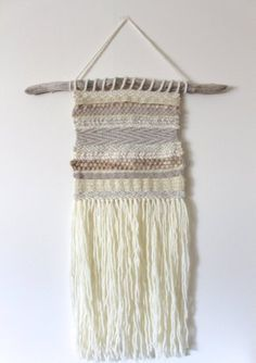 The Best tutorials for DIY woven WALL HANGINGS - diy woven wall hanging