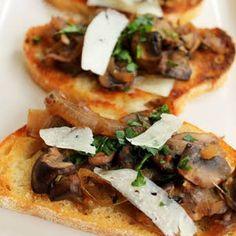 Greek Steak Pitas with Caramelized Onions and Mushrooms Recipe Caramelized Onions And Mushrooms, Steak And Mushrooms, Stuffed Mushrooms, Stuffed Peppers, Traditional Gyro Recipe, Steak Cuts, Top Sirloin Steak, Greek Seasoning, Grilled Bread