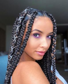 50 New 2019 Braids Hairstyles : Incredibly Beautiful Hair Inspiration. Hi ladies, check out these new 2019 braids hairstyles for your next hairdo and don't hesitate to SHARE. Enjoy your time and be sure to check back for more hair ideas. Braids Hairstyles Pictures, Braided Hairstyles For Black Women, African Braids Hairstyles, Braid Hairstyles, Hairstyles 2018, Hairstyles Videos, Braids With Shaved Sides, Braids With Curls, Twist Braids
