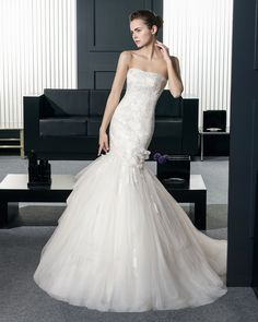 Two by Rosa Clara Wedding Dresses 2015 Collection Part III. To see more: http://www.modwedding.com/2014/07/30/two-rosa-clara-wedding-dresses-2015-collection-part-iii-2/ #wedding #weddings #wedding_dress