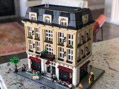 Legoland, Lego Hotel, Casa Lego, Lego Village, Imperial Hotel, Lego Building Blocks, Lego Modular, Lego Worlds, Cool Lego Creations