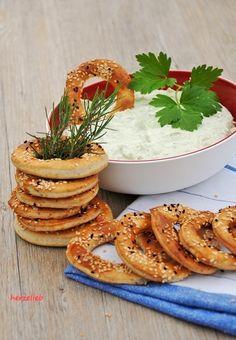 Fetacreme sehr lecker als Dip zu Gemüse oder zu frischem Brot!